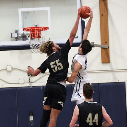 Camarillo High's Jaime Jaquez Jr. manages to dunk over