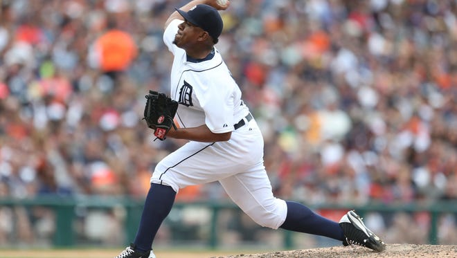 Detroit Tigers pitcher Angel Nesbitt pitches against the Houston Astros during seventh inning action on Sunday, May 24, 2015 at Comerica Park in Detroit.