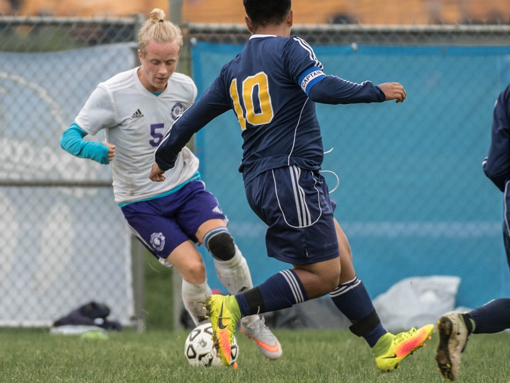 Lakeview's Theodor Pfeiff (5) and Battle Creek Central's Jesus Bautista (10) and Allen Duran (8) go for the ball during the All-City Soccer Championship on Saturday.