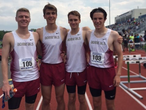 Arlington boys 3,200 relay team finished fourth at the NY State meet on Saturday.