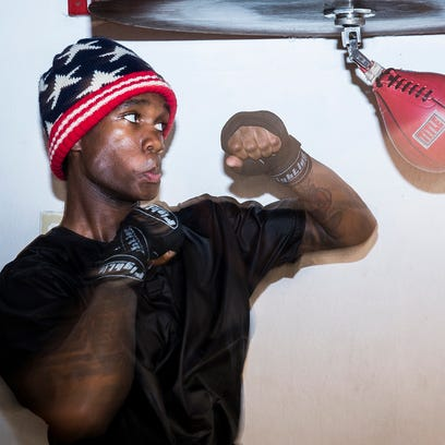 David Spikes trains for a Golden Gloves bout at the