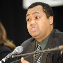 Coleman A. Young  II picks up petitions for mayoral run