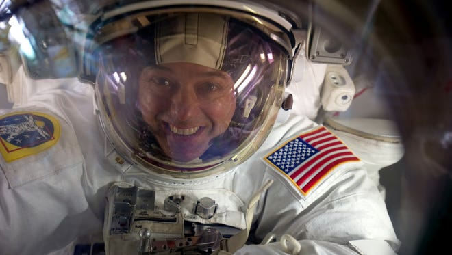 Astronaut Ron Garan will be live-tweeting during National Geographic's Live From Space broadcast.