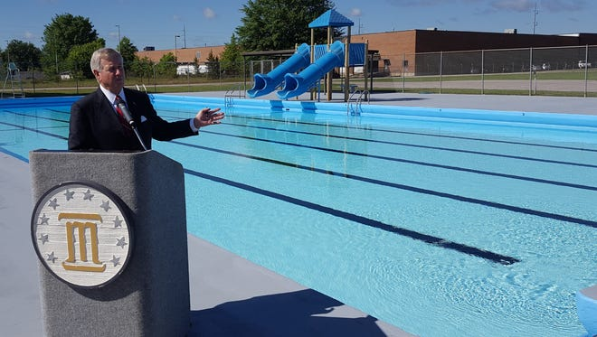 Mayor Todd Strange unveils renovated pool in north Montgomery.