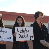 Students in the North Shore say 'enough' during walk out to remember Parkland shooting victims