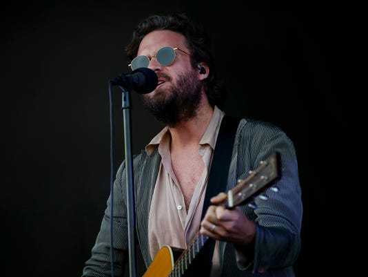 636671215340120361-fatherjohnmisty-nb-select-29.jpg