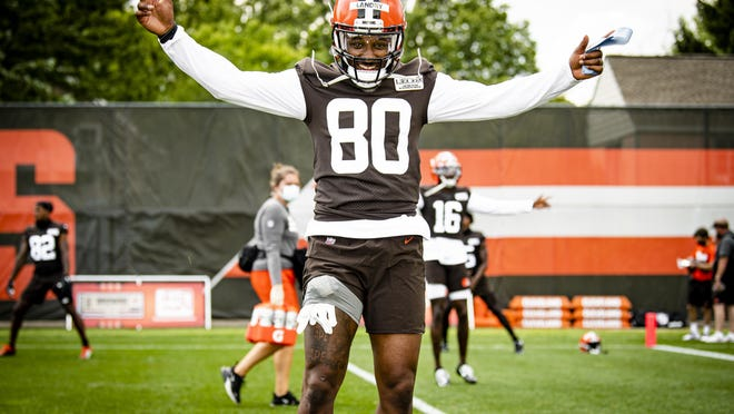 Wide receiver Jarvis Landry (80) caught a 50-yard pass from Baker Mayfield during the first practice of training camp on Friday in Berea.