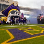 East Carolina officials miss point on national anthem protest
