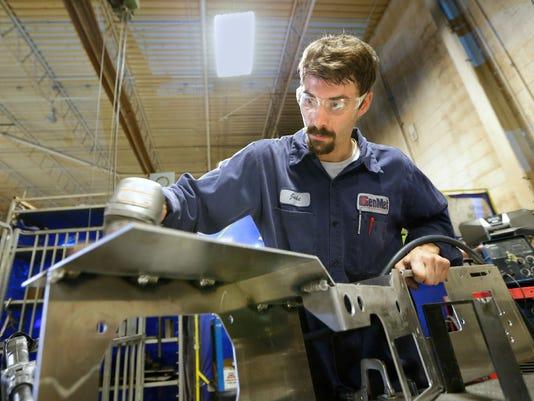 636093857120729772-welder.jpg