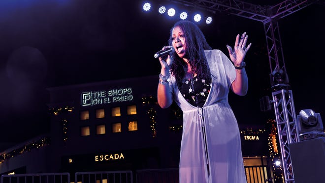 90's pop-star Robyn S. performed live on the Palm Desert Concert Stage.