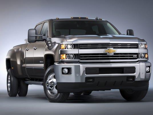 1380170789000 2015 Chevrolet Silverado 3500HD 008