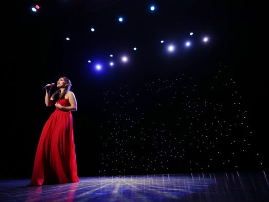 Julianna Belles performs 'On My Own' from Les Miserables