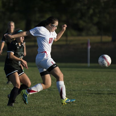 Vineland's Siera Rivera makes a play on the ball during a game against Mainland on Oct. 7. The Fighting Clan snapped a four-game losing streak with a win over Absegami last Friday.