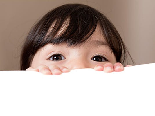 635699663506721802-Babysitter