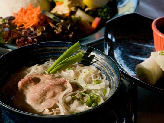 Pho Tai (noodle soup with lean sirloin) at Noodles