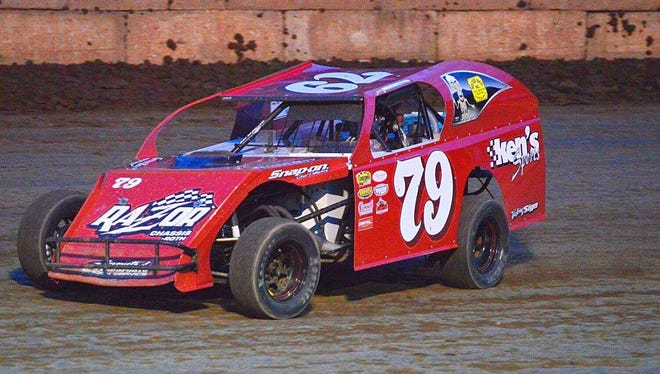 Green Bay's Jerry Muenster continues to race modifieds competitively despite being 75 years old.