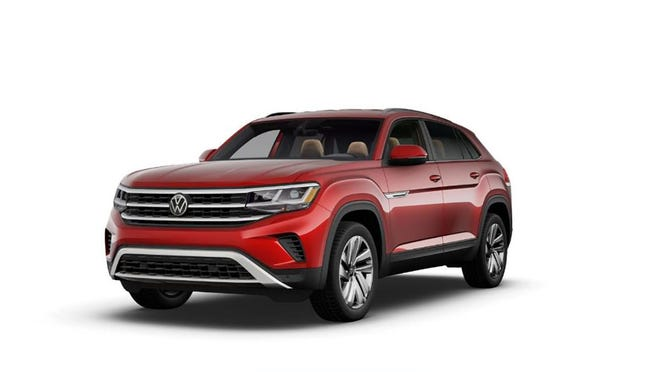 The power of the 2020 Volkswagen Atlas Cross Sport 2.0 SE comes from a 2.0-liter four-cylinder engine with 235 horsepower and 258 pound-feet of torque which is delivered through an eight-speed automatic transmission.