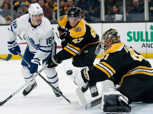 Maple_Leafs_Bruins_Hockey_63996.jpg