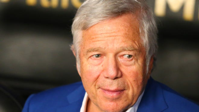 Patriots owner Robert Kraft in attendance before the Floyd Mayweather-Manny Pacquiao fight in Las Vegas on May 2.