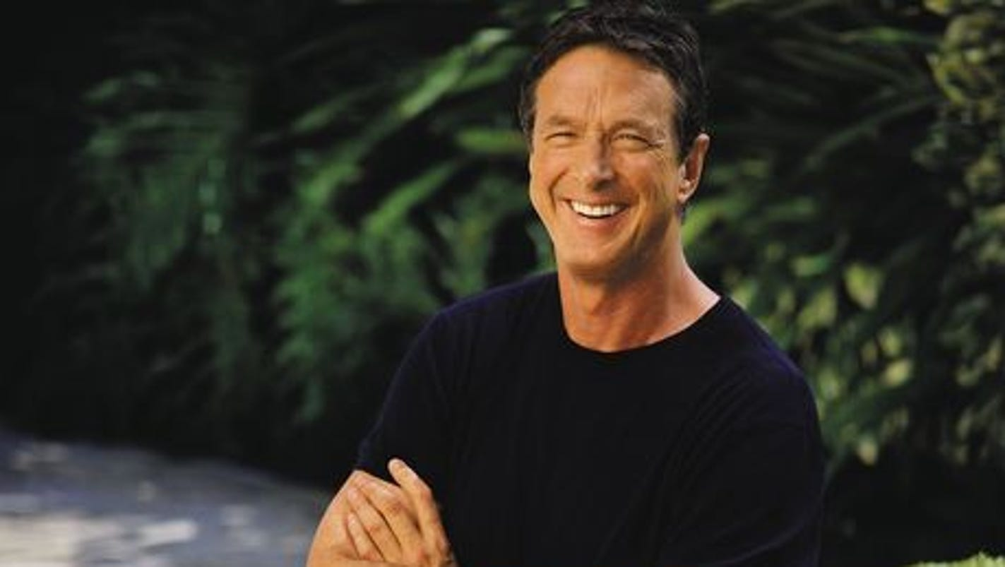 the success of michael crichtons novel in the media industry Harry potter y la piedra filosofal has 5,170,875 ratings and 81,767 reviews lora said: i'm going to keep this brief since there isn't much to say that h.