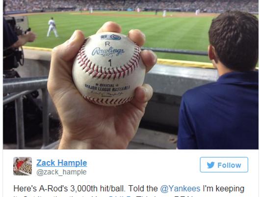 635715228616987016-Yankees-Ball