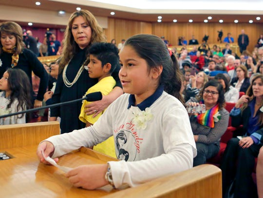 Shirley Vanegas, daughter of illegal immigrants, addresses