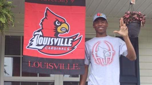 2016 Spring Hill (Tenn.) QB Tylin Oden committed to Louisville in May.