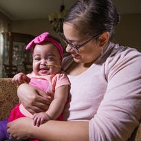 Tale of two hearts: A Gilbert mother, baby bond over dual transplants