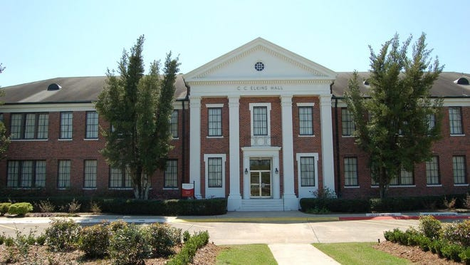 Nicholls State University's administration building, Elkins Hall.