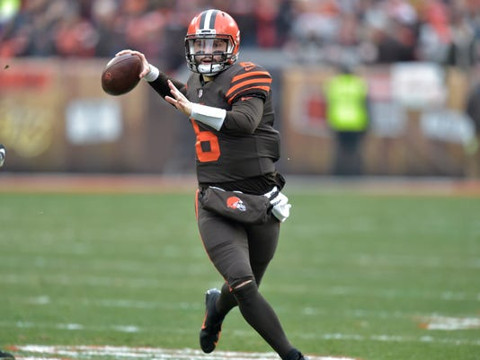 Browns-Mayfield_Football_64295.jpg