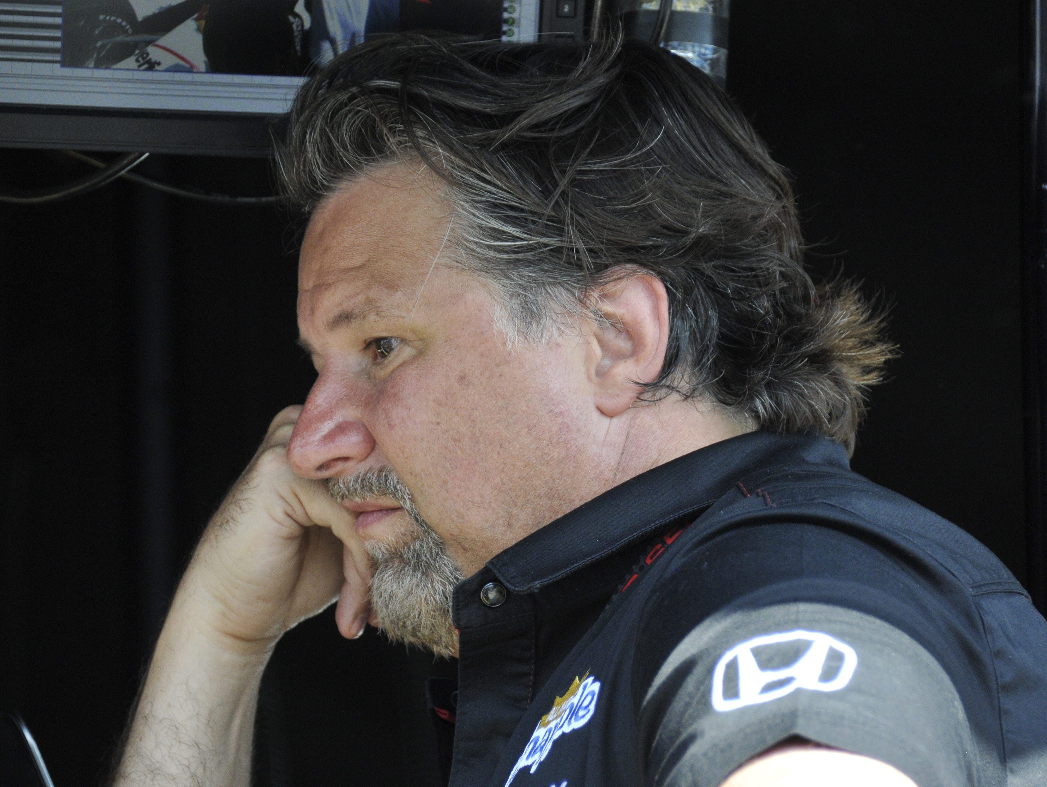 Michael Andretti has a big decision to make: stay with Honda or switch to Chevy.