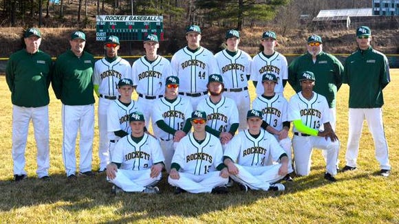 The Reynolds baseball team.