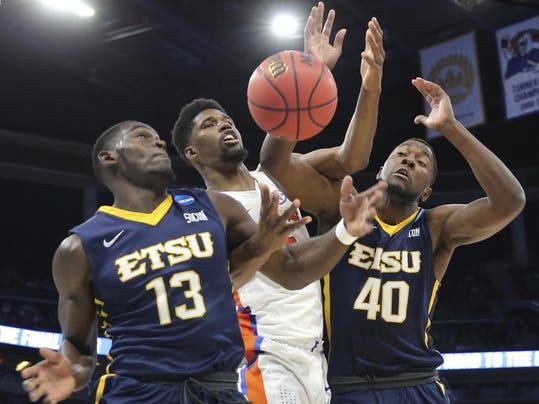 NCAA ETSU Florida Basketball (4)