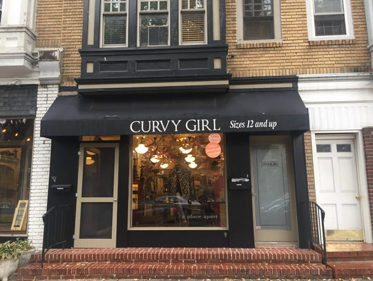 Curvy Girl offers consignment clothing for sizes 12