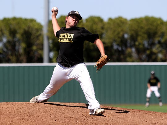 Archer City's Chris Dagley pitches against Lindsay