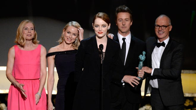"""Birdman"" stars Amy Ryan, Naomi Watts, Emma Stone, Edward Norton and Michael Keaton accept the award for outstanding cast  in a motion picture at the SAG Awards."