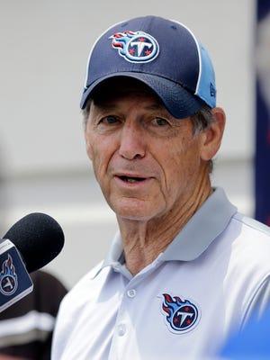 Titans defensive coordinator Dick LeBeau