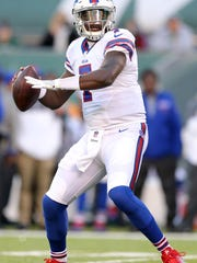 Cardale Jones threw just 11 passes for the Bills in