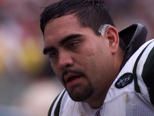 Former Jets Center Kevin Mawae, pictured in 2002.