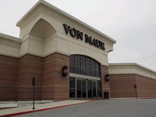 Von Maur plans to open a second West Des Moines location.