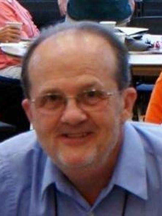 MNH 0818 Pastor Bob (2)