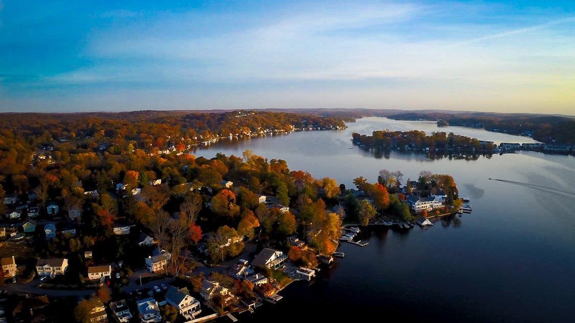 lake hopatcong chatrooms Lake center executive park 401 route 73 north building 10, suite 320 marlton, nj 08053 (856) 872-7055 fax: (856) 762-1775   this site may make chat rooms,.