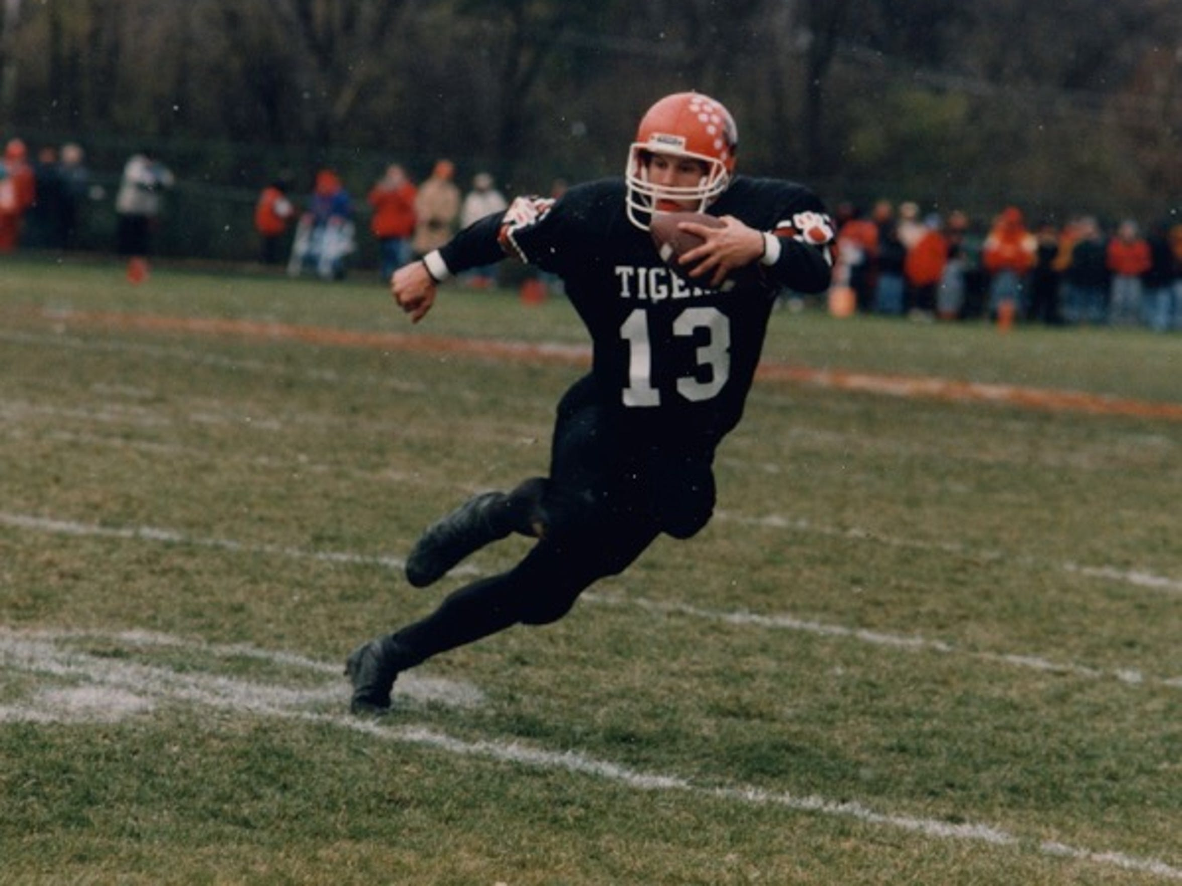 Western Michigan football coach Tim Lester became a star quarterback for Wheaton Warrenville South Tigers.