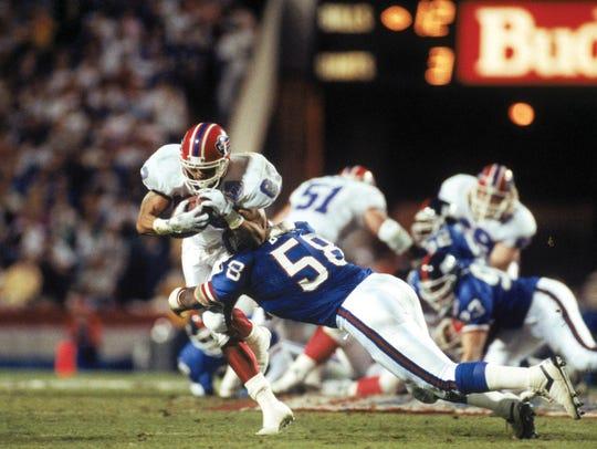 TAMPA, FL - JANUARY 27:  Linebacker Carl Banks #58