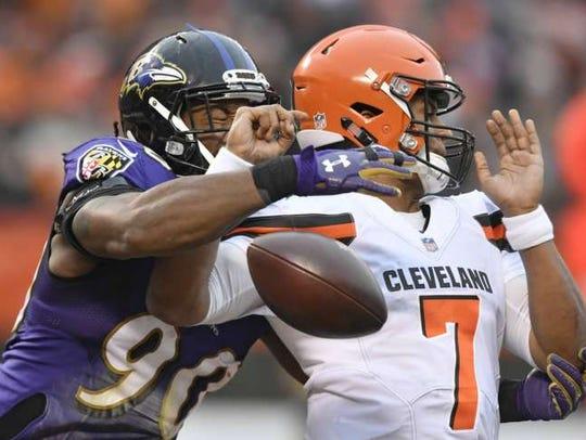 Za'Darius Smith has 10 career sacks in three NFL seasons.