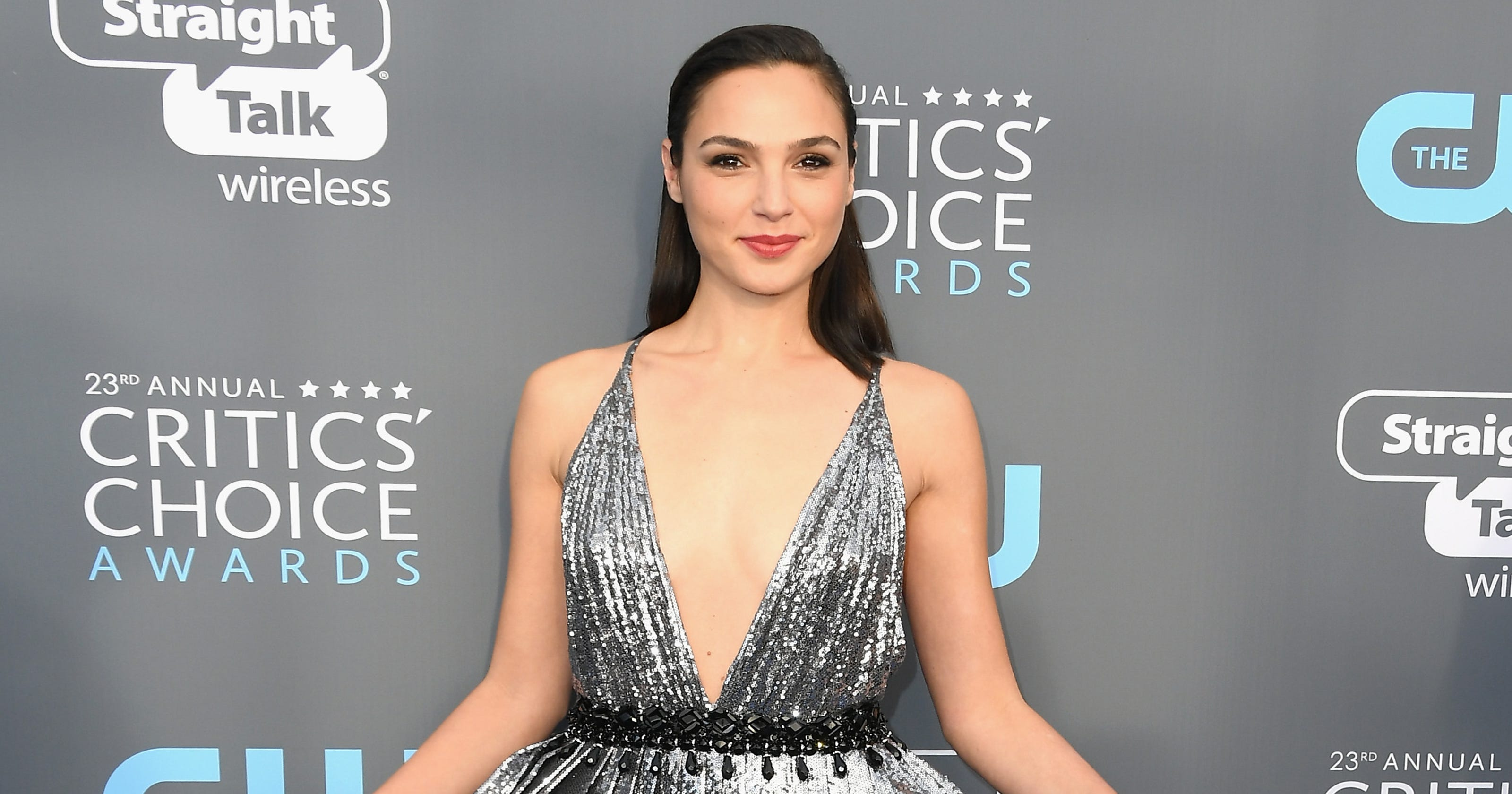 321cfdd4a Critics  Choice Awards 2018  No more black! Our 9 best-dressed stars