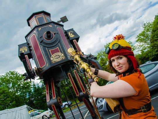 A shot from the 2014 Steampunk World's Fair.