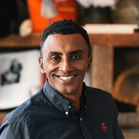 Chefs Marcus Samuelsson, Aarón Sánchez to star at azcentral Wine & Food Experience 2018