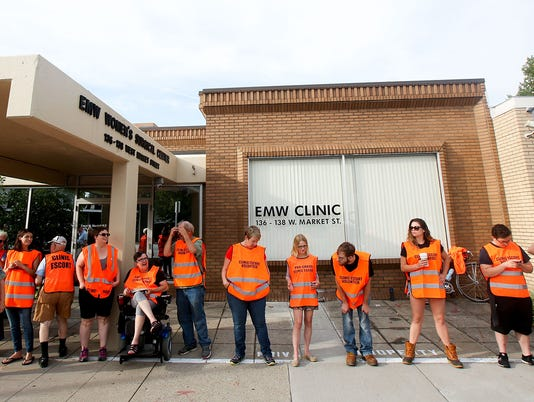 kentucky-abortion-clinic-090617
