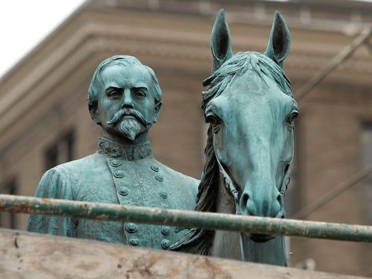 A monument to John Hunt Morgan, a Confederate General